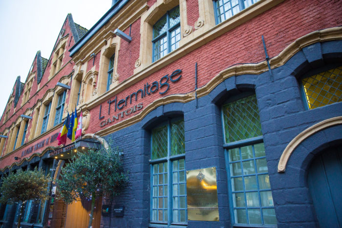 photographie de la façade de l'Hermitage Gantois à Lille. Samuel_Pruvost-photographe-Lille