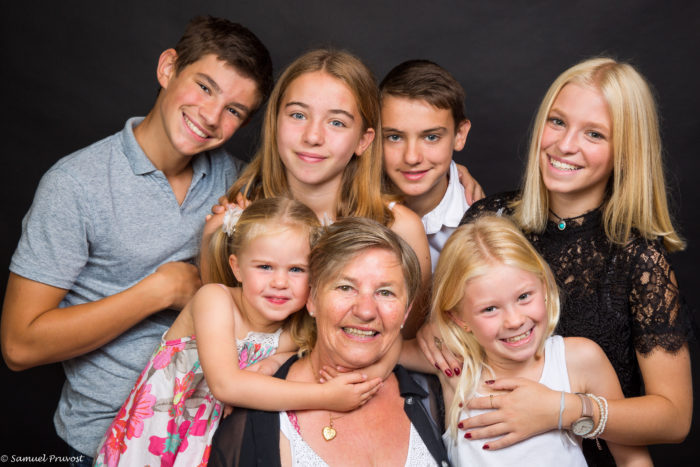 Photo-famille-studio-domicile-photographe-Lille-samuel_pruvost
